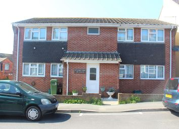 Thumbnail 2 bed flat to rent in Granville Road, Weymouth