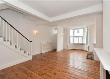 4 bed terraced house to rent in Epple Road, London SW6