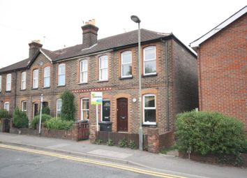 3 bed property to rent in Walnut Tree Close, Guildford, Surrey GU1
