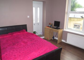 Thumbnail 1 bedroom flat to rent in Bowes Road, London