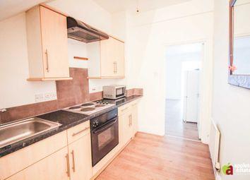 Thumbnail 2 bed flat to rent in Beechwood Road, Sanderstead, South Croydon