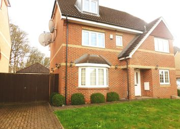 Thumbnail 5 bed property to rent in Wellsfield, Bushey