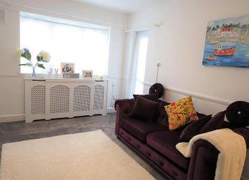 2 bed flat for sale in Deepdene Gardens, London SW2