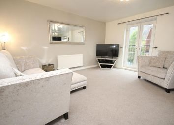 Thumbnail 2 bed flat to rent in School Avenue, Basildon