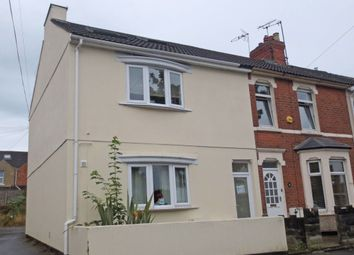 2 bed flat to rent in Savernake Street, Swindon SN1
