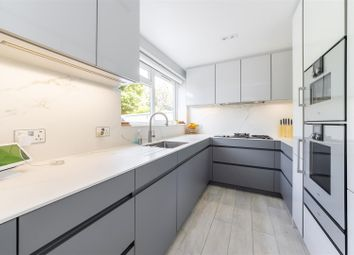 Whiteledges, Ealing, London W13. 4 bed town house
