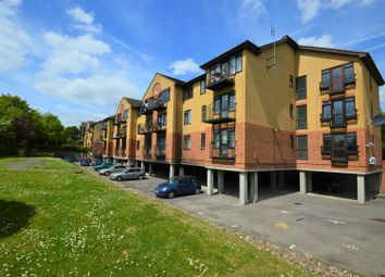 Thumbnail 1 bedroom flat for sale in London Road, Greenhithe