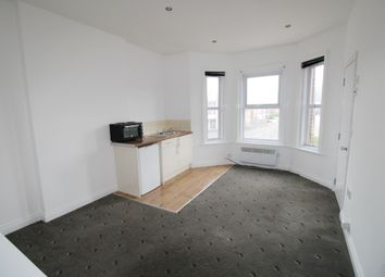 Thumbnail 1 bedroom flat to rent in Holdenhurst Road, Bournemouth
