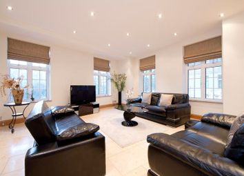 Thumbnail 4 bed flat for sale in Mayfair, London