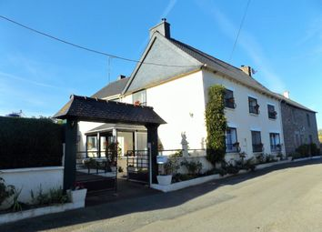 Thumbnail Semi-detached house for sale in 22250 Rouillac, Côtes-D'armor, Brittany, France
