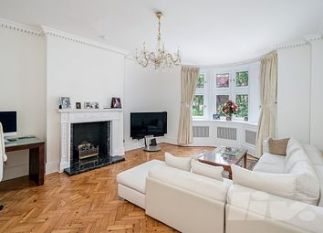 Thumbnail 5 bed flat to rent in Hyde Park Gate, South Kensington
