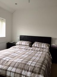Thumbnail Room to rent in Du Cane Road, London