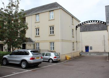2 bed flat to rent in Pendennis Park, Staple Hill, Bristol BS16