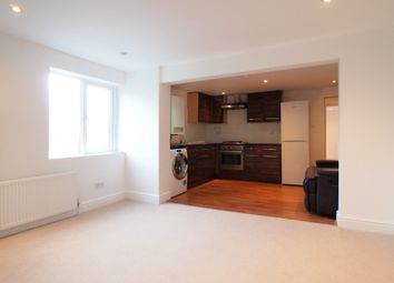 High Street, Ewell Village, Surrey KT17. 1 bed flat to rent