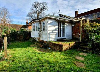 Ashford Road, Tenterden TN30. 2 bed bungalow