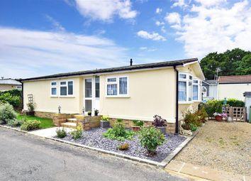 2 bed mobile/park home for sale in London Road, West Kingsdown, Sevenoaks, Kent TN15