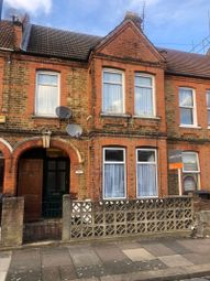 Bramley Close, London E17. 2 bed flat for sale