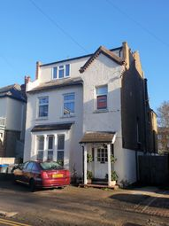 Thumbnail 1 bed flat to rent in King Charles Road, Surbiton