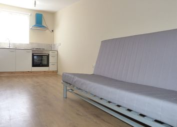 Thumbnail 1 bed barn conversion to rent in Hassop Road, London