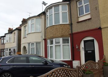 Thumbnail 1 bed flat to rent in Glenhurst Road, Southend-On-Sea, Essex