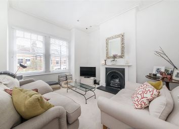 Shandon Road, London SW4. 2 bed flat