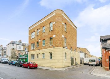 Thumbnail 3 bed flat to rent in Moray Mews, Finsbury Park