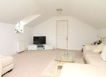 Thumbnail 2 bed flat to rent in Limpsfield Road, Warlingham