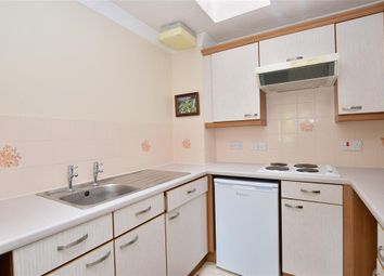 Thumbnail 1 bedroom flat for sale in Findon Road, Findon Valley, West Sussex