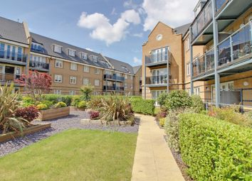 Thumbnail 2 bedroom flat for sale in Constables Way, Hertford