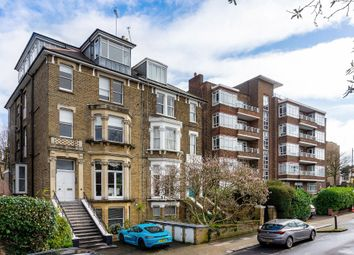 2 bed flat to rent in Richmond Hill, Richmond TW10