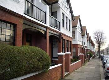 Thumbnail 1 bed flat to rent in York Place, York Avenue, Hove