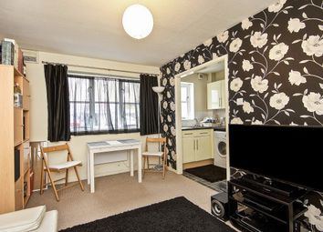 Thumbnail 1 bed flat to rent in High Road, Leytonsone