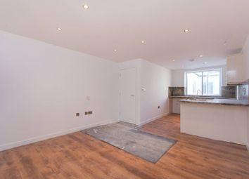 Thumbnail 1 bed flat to rent in Rye Lane, Peckham Rye