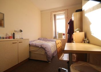 Thumbnail 4 bedroom flat to rent in Heaton Road, Heaton, Newcastle Upon Tyne