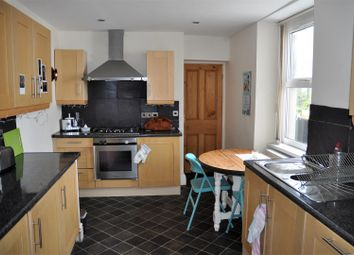Thumbnail 1 bed flat to rent in Bryn Goleu Avenue North, Holyhead