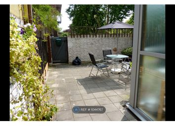 2 bed maisonette to rent in Handa Walk, London N1