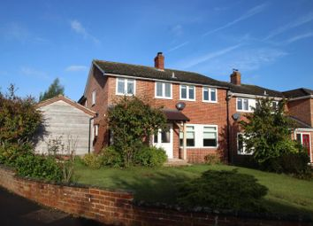 Thumbnail 4 bed detached house to rent in Sanden Close, Hungerford