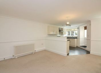 Thumbnail 2 bed flat to rent in Mays Court, Greenwich