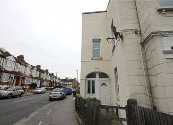 2 bed maisonette to rent in Hythe Road, Thornton Heath CR7