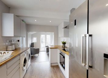 Thumbnail 6 bed shared accommodation to rent in Windmill Road, Gillingham, Kent
