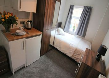 Thumbnail Room to rent in Stanhope Road, Wheatley, Doncaster
