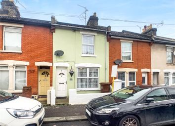 2 bed terraced house to rent in Edinburgh Road, Chatham ME4