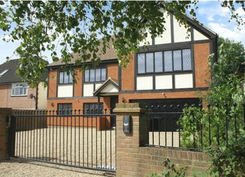 Thumbnail 5 bed detached house to rent in Mymms Drive, Brookmans Park, Hatfield