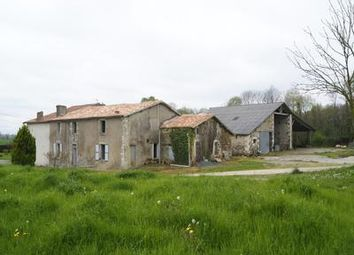 Thumbnail Property for sale in La-Chapelle-Thireuil, Deux-Sèvres, France