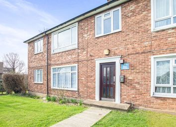 Thumbnail 2 bedroom flat for sale in Stonecot Hill, North Cheam, Sutton