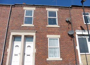 Thumbnail 2 bed flat to rent in Yeoman Street, North Shields