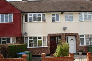 Thumbnail 3 bed terraced house to rent in Alverstone Gardens, New Eltham