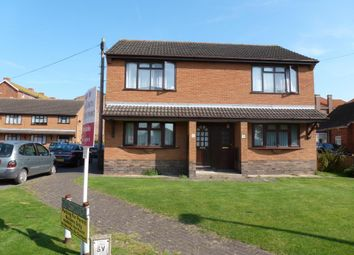 Thumbnail 2 bed flat for sale in Park Avenue, Skegness