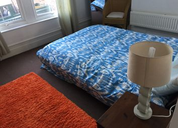 Thumbnail 1 bed flat to rent in Cedar Terrace, Leeds