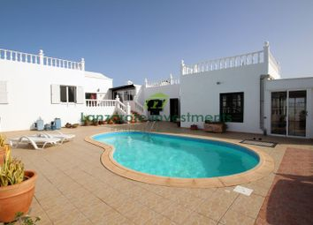 Thumbnail 5 bed villa for sale in Puerto Del Carmen, Puerto Del Carmen, Lanzarote, Canary Islands, Spain